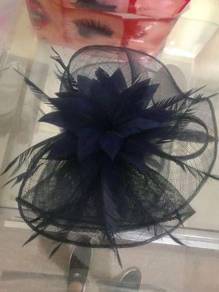 Fascinator worn once clip in