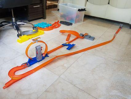 Hot Wheel tracks for your little one to get creative