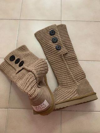 🚚 Australian mark stone winter boots