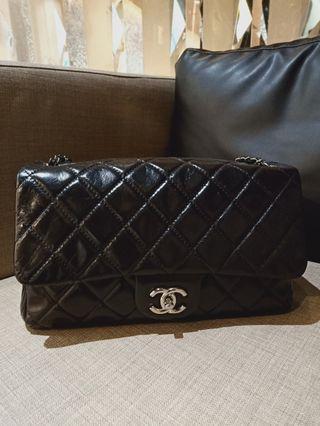 Chanel black compartment calf shw #20