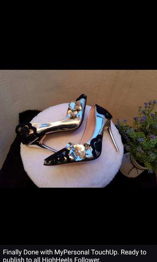 Elegance Shoes