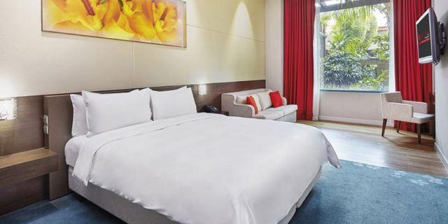 RWS FESTIVE HOTEL DELUXE ROOM( 2-NIGHT STAY)