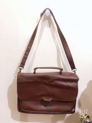 Typo brown bag