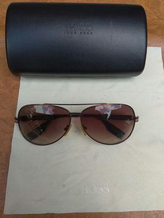 kacamata Hugo boss original
