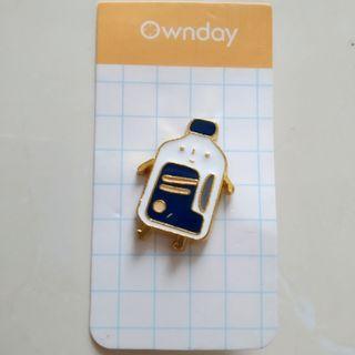 🍭 Pin bros badge besi metal peniti kancing lapis emas lucu botol susu ownday