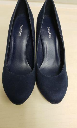 mid heels blue suede