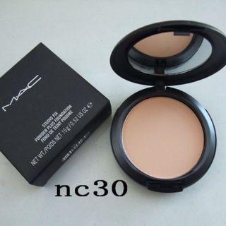 MAC Cosmetics Studio Fix Powder Foundation (NC30)