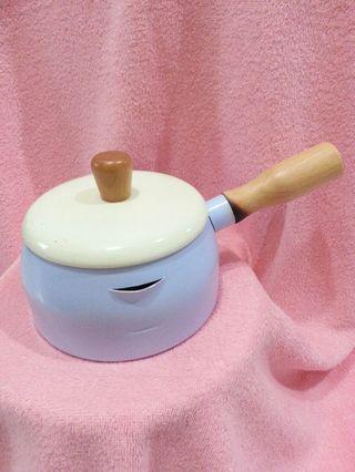 SILWA西華多用途木柄附蓋牛奶鍋