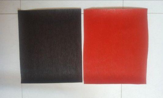80 PCS PU LEATHER . ( BLACK AND RED ) .   ALL 80 PCS FOR $20  Used ( but as good as new  ) .  Good Quality... great for art work or use for    hand made POUCH/ small items ..   SIZE 32.5CM BY 27.5CM ( PLEASE ALLOWED   0.5 CM PLUS MINUS DIFFERENT IN SIZE )