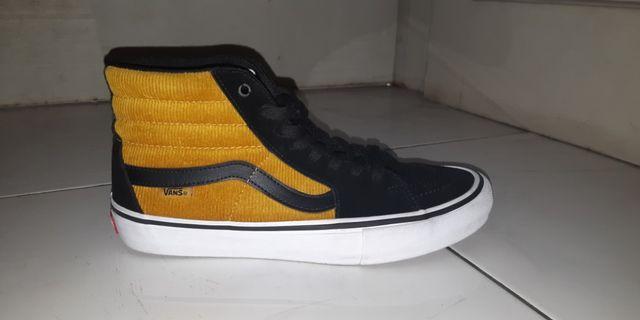 Vans Sk8 Hi yolk yellow