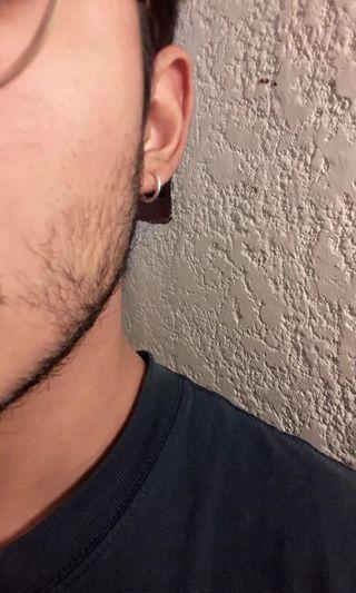 🚚 2 PCs fake earrings spring clamp.