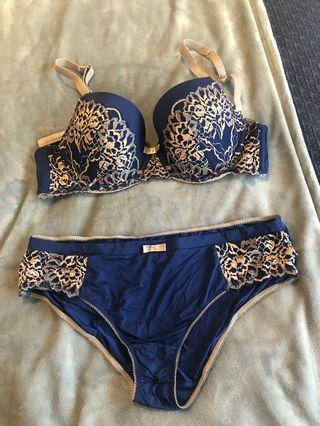 Bendon lingerie set 14C