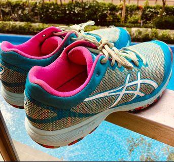 ASICS Netburner girls shoes