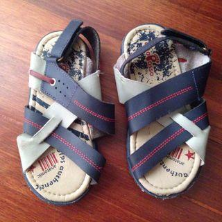 Kids Sandals - real leather - size 29 Europe
