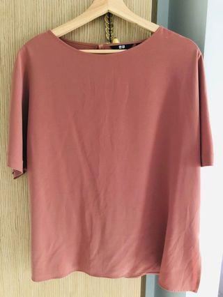 UK 14 Coral Uniqlo top (can fit size 16)