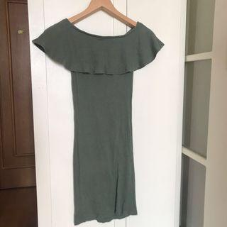 Cotton On Olive Dress off shoulder 連身裙 可露肩