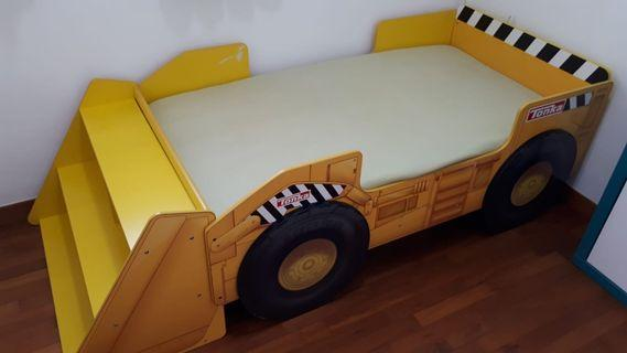 🚚 Tonka Toddler Bed with Storage Shelf