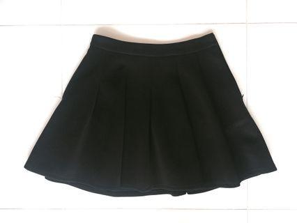 Black Pleated Skirt (PRICE REDUCED)