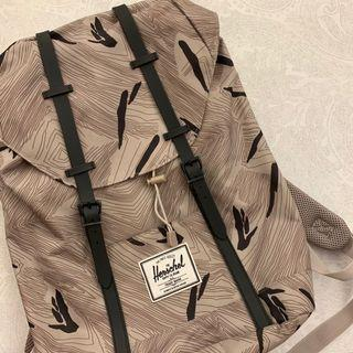 [AUTHENTIC] Herschel Retreat Backpack (Geo/ Black Rubber)