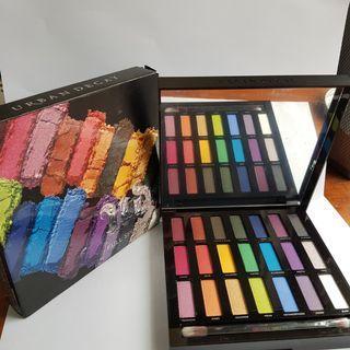 Urbam Decay Full spectrum eyeshadow