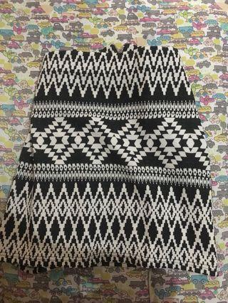 Rok pendek / mini skirt tribal New Look