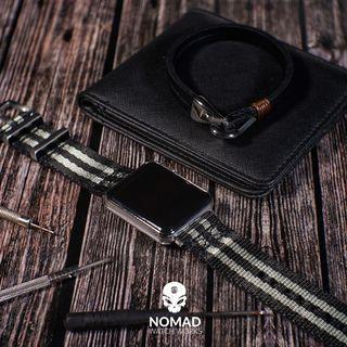 Lincoln Leather Bracelet in Black