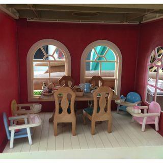 Sylvanian Families: Dinning Room set