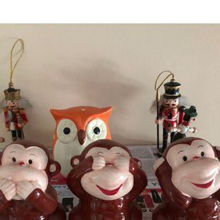 Wall decorative items [Moving out sale]
