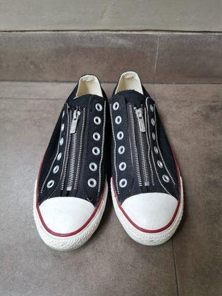 Converse Zipper Shoes