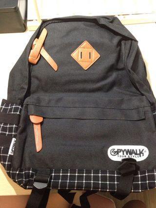 Spywalk黑色實用背包