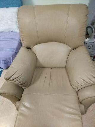 Leather Recliner Being - good condition