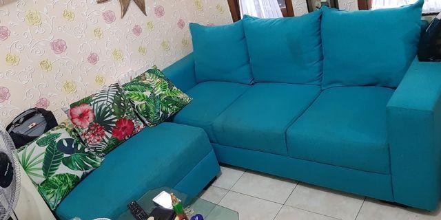 Sofa bentuk L