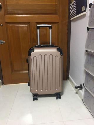 20 Inch Expandable Cabin Size Luggage