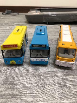 鋁合金公車巴士 3台$200