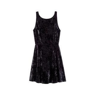 H&M black velvet dress v back