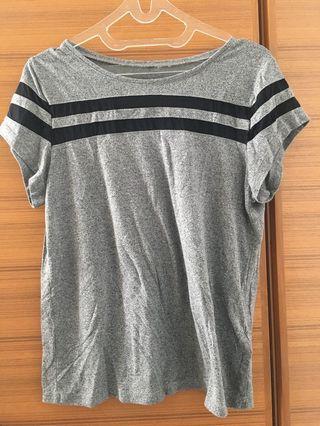 Soft, sporty H&M t-shirt