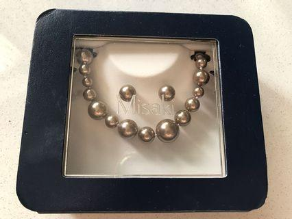 🚚 Misaki Pearl necklace and earrings set