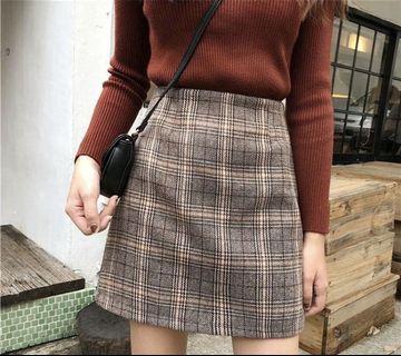 high waisted plaid skirt!!