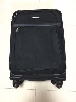 """Samsonite Black Hand Carry Suitcase 22.5""""x15"""""""