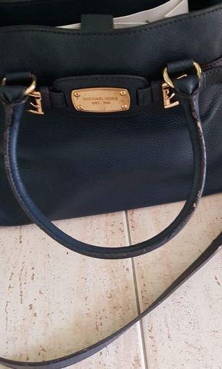 🚚 Authentic Michael Kors Handbag