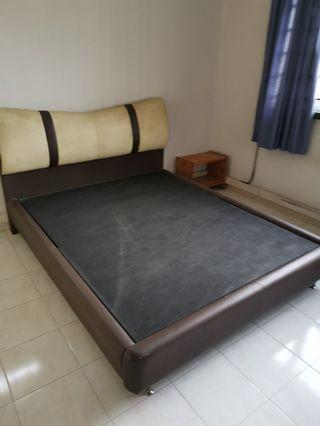 Queen Size Bed Frame & dressing table