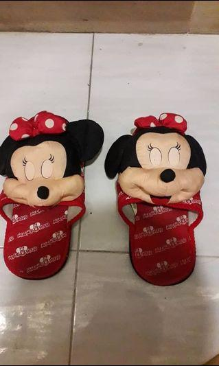 Minnie mouse indoor slippers