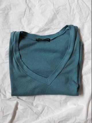 Brandy Light blue ribbed crop v neck top