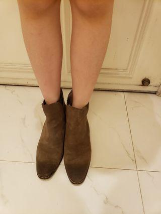 灰色 人造皮革製造 女裝中筒boot(1對)