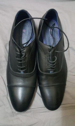 Jimmy Black man shoes