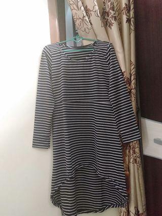 kaos stripe black and white