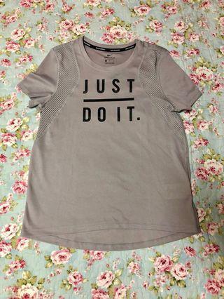 🚚 Nike Dri-Fit T Shirt