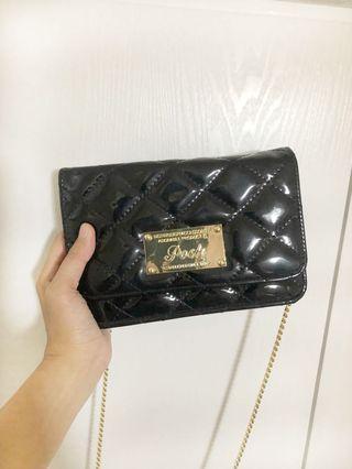 全新泰國posh 黑色漆皮斜揹手提袋