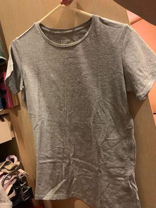 🚚 8 seconds 灰色素T T-shirt