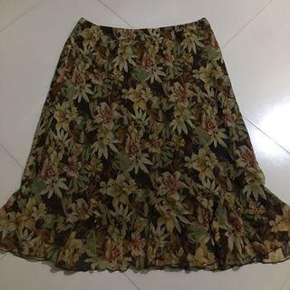 Floral skirt plus size